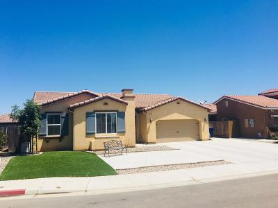 Clovis Single Family Home For Sale: 3735 Robinwood Avenue
