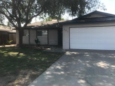 Hanford Single Family Home For Sale: 597 E Birch Avenue