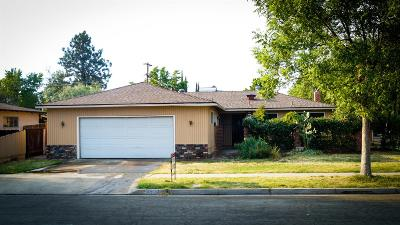 Single Family Home For Sale: 4039 E Ashcroft Avenue