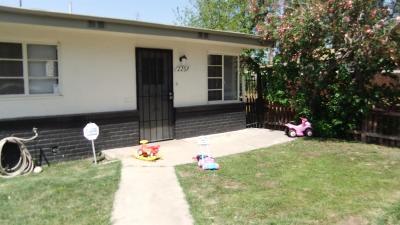 Clovis, Fresno, Sanger Multi Family Home For Sale: 906 N Clark Street