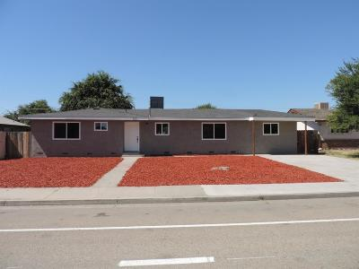 Dinuba Single Family Home For Sale: 621 E Kamm Avenue