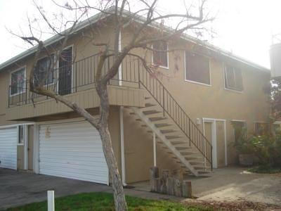 Fresno Condo/Townhouse For Sale: 4974 N Holt Avenue #204