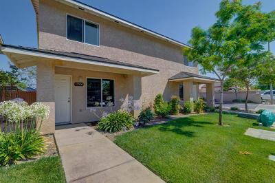San Joaquin Condo/Townhouse For Sale: 8546 Aman Street #A