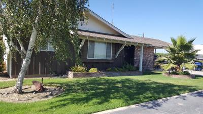 Kingsburg CA Single Family Home For Sale: $550,200