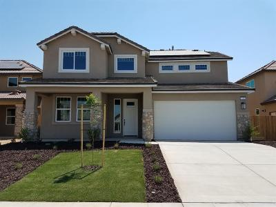Madera Single Family Home For Sale: 563 Mesa Drive