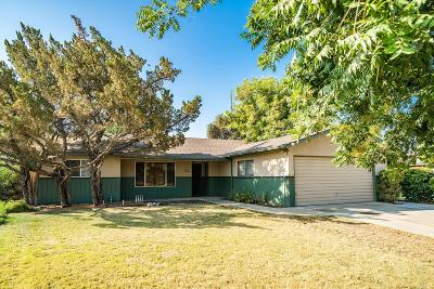 Hanford Single Family Home For Sale: 1147 Westwood Drive