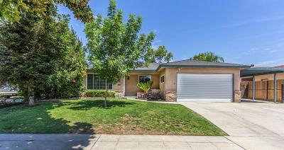 Single Family Home For Sale: 4747 E Norwich Avenue