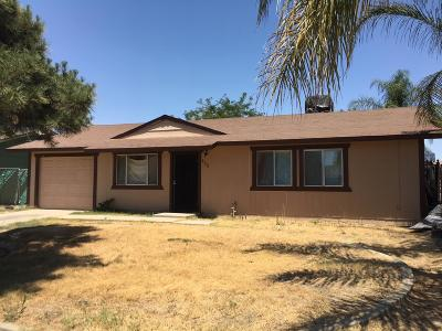 Parlier Single Family Home For Sale: 469 Independencia Avenue