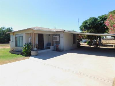 Fresno Single Family Home For Sale: 6815 W Clinton Avenue