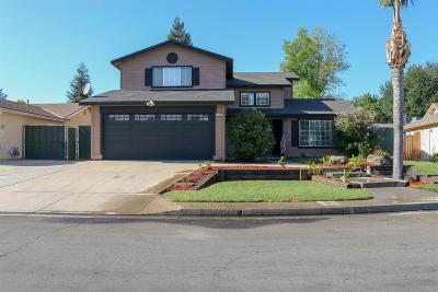 Single Family Home For Sale: 5153 E Truman Avenue