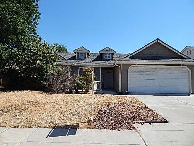 Fresno County Single Family Home For Sale: 5431 W Pontiac Way