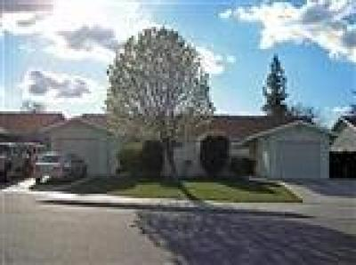 Clovis, Fresno, Sanger Multi Family Home For Sale: 966 Acacia Avenue