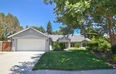 Clovis Single Family Home For Sale: 1737 Bedford Avenue