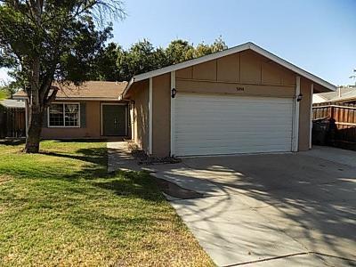 Fresno CA Single Family Home For Sale: $229,000