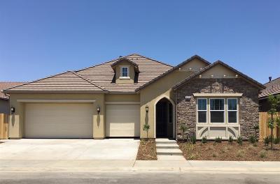 Clovis Single Family Home For Sale: 3223 Richmond