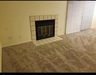 Fresno Condo/Townhouse For Sale: 5455 N Marty Avenue #127