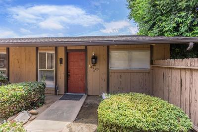 Fresno Condo/Townhouse For Sale: 4909 N 7th Street #H