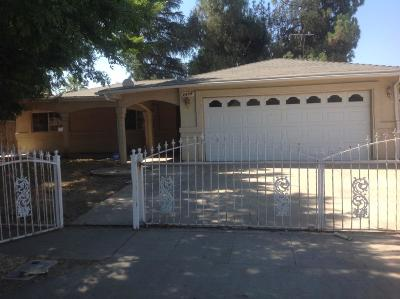 Madera Single Family Home For Sale: 1216 Wrenwood Way