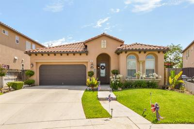Fresno Single Family Home For Sale: 5644 N La Ventana Avenue