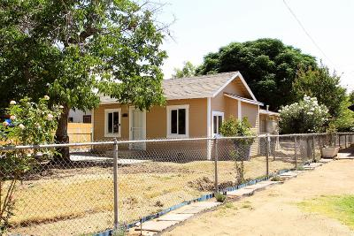 Fresno Single Family Home For Sale: 453 S Sierra Vista Avenue