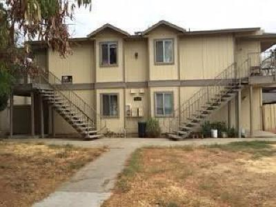 Fresno CA Multi Family Home For Sale: $389,800