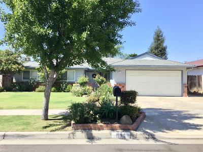 Fresno CA Single Family Home For Sale: $329,995