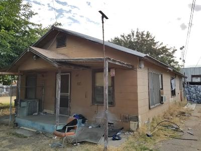 Reedley Single Family Home For Sale: 810 N Kady Avenue