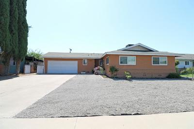 Dinuba Single Family Home For Sale: 779 N Eaton Avenue