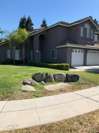 Madera Single Family Home For Sale: 3214 Riverview Drive