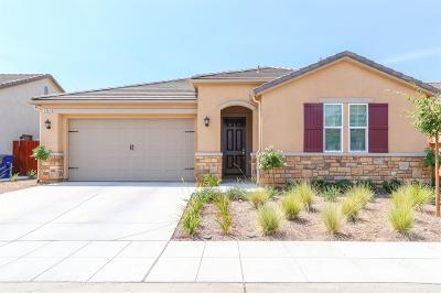 Clovis Single Family Home For Sale: 3964 Dearborn Avenue