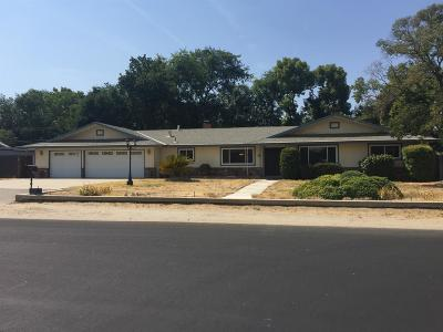 Fresno Single Family Home For Sale: 5652 E Byrd Avenue