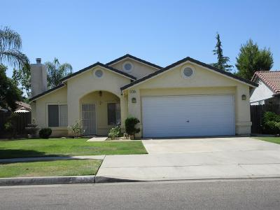 Kingsburg CA Single Family Home For Sale: $257,000