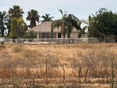 Dinuba Single Family Home For Sale: 9104 Avenue 420