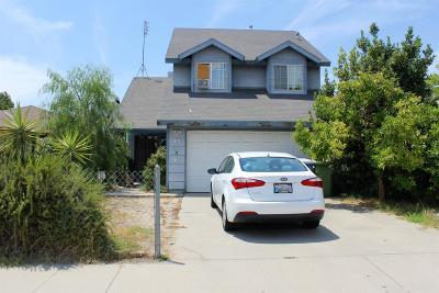 Selma, Kingsburg Single Family Home For Sale: 3405 Mitchell