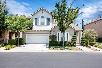 Fresno Single Family Home For Sale: 3624 W Persimmon Lane