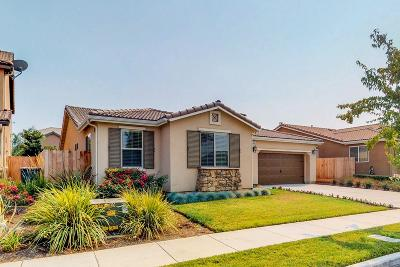 Visalia Single Family Home For Sale: 2945 W Cecil Avenue