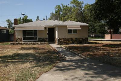 Clovis Single Family Home For Sale: 166 N Pollasky