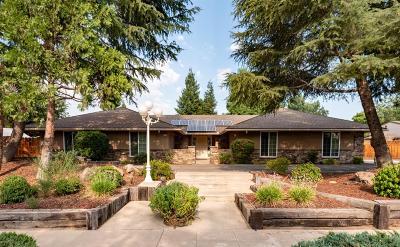 Single Family Home For Sale: 1115 N Peach Avenue