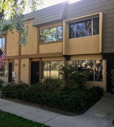 Fresno Condo/Townhouse For Sale: 5118 E Ashlan Avenue #103