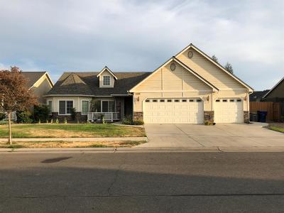 Clovis Single Family Home For Sale: 544 W Lester Avenue