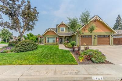 Reedley Single Family Home For Sale: 1444 W Sequoia Circle