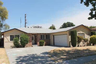Single Family Home For Sale: 3221 E Buckingham Way