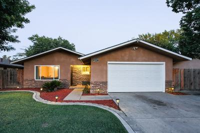 Clovis Single Family Home For Sale: 1247 Adler Drive