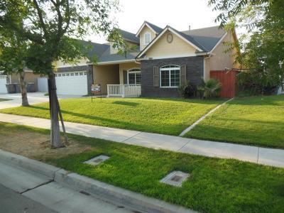 Kerman Single Family Home For Sale: 15948 W B Street