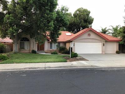 Clovis Single Family Home For Sale: 725 Cromwell Avenue