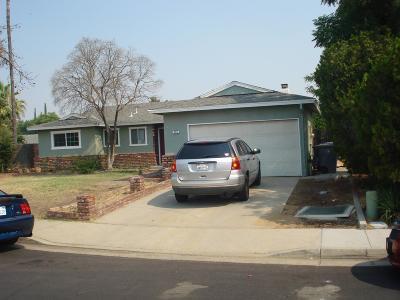 Clovis Single Family Home For Sale: 157 W Richert Avenue
