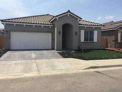 Madera Single Family Home For Sale: 460 Joya Drive