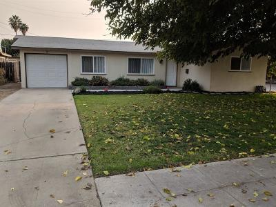 Clovis Single Family Home For Sale: 32 Barstow Avenue