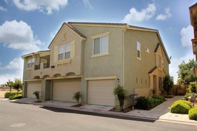 Clovis Condo/Townhouse For Sale: 372 N Amedeo Lane