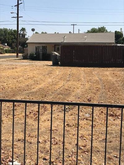 Fresno Single Family Home For Sale: 3496 E Lamona Avenue